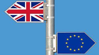 Theresa May em Bruxelas para dinamizar o Brexit