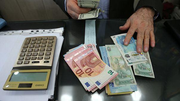 وضعیت قیمت دلار در ایران پس از سخنرانی ترامپ Euronews