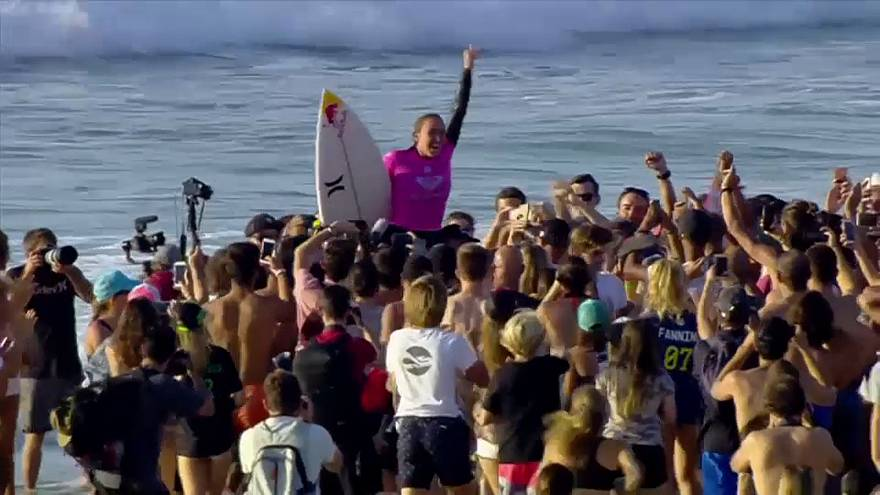 VIDEO: Sieger surfen in Hossegor