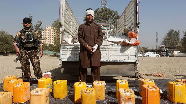 الشرطة الأفغانية تضبط شاحنة ملغومة في طريقها لكابول وتعتقل سائقها