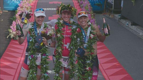 Lange y Ryf ganan el triatlón de Hawái