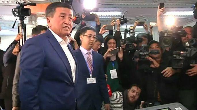 Kırgızistan'da seçimi Ceenbekov kazandı
