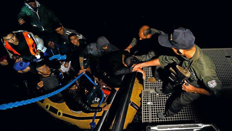 غرق عشرات التونسيين يجبر السلطات على فتح النقاش حول الهجرة غير الشرعية