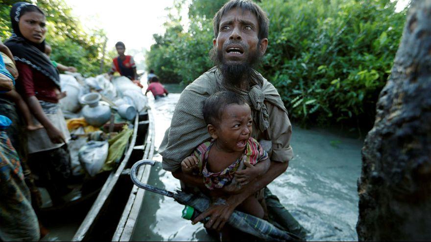 ثمانية أشخاص لقوا مصرعهم إثر غرق قارب للروهينغا قبالة بنغلاديش
