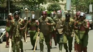La policía reprime las protestas contra el Gobierno en Kenia