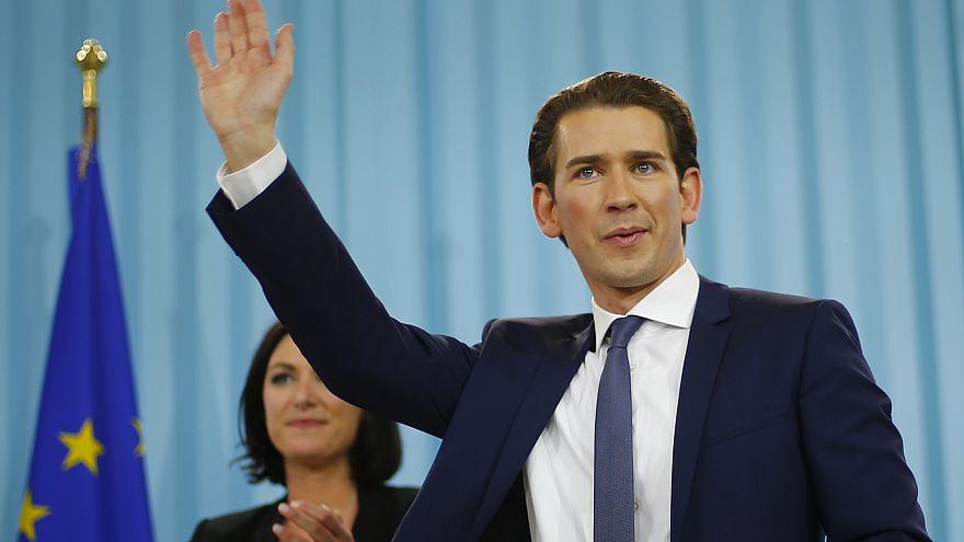 """Österreich ermittelt gegen TITANIC wegen """"Baby-Hitler töten!"""""""
