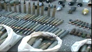 شاهد: العثورعلى أسلحة إسرائيلية الصنع بحمص وحماة