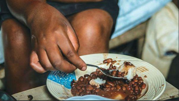وجبة غذائية تكلف دولارا واحدا في نيويورك و321 دولارا في جنوب السودان!