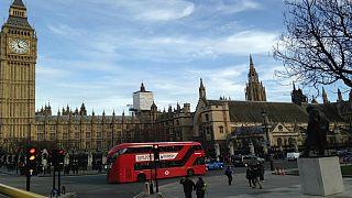 محكمة بريطانية تطلب تقريرا حول تعامل مهاجر كويتي مع النساء
