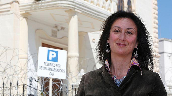 """Comissão Europeia diz estar """"horrorizada"""" com o assassinato de uma jornalista maltesa que investigava casos de corrupção"""