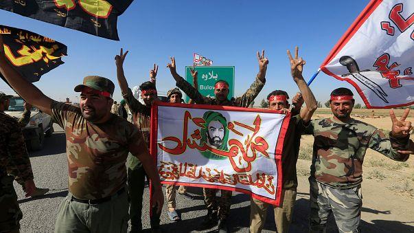 Ünneplik a Kirkukot elfoglaló iraki katonákat