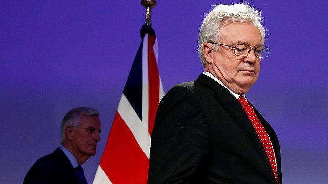 'No deal' Brexit would hit poorest families hardest