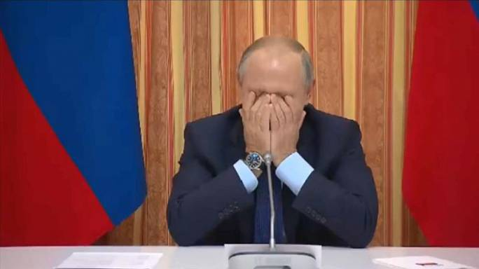 Putin laughs at minister's proposal to export pork to a Muslim-majority country
