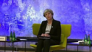 Aucune avancée tangible sur le Brexit après le dîner entre May et Juncker