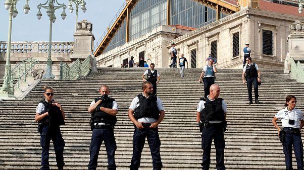 10 Festnahmen in Frankreich: Rechtsextreme wollten Politiker und Muslime angreifen