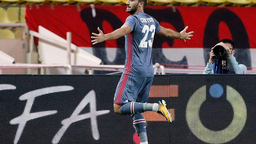 Cenk Tosun, Fransız gazetesinin 'maçın adamı anketinde' birinci seçildi