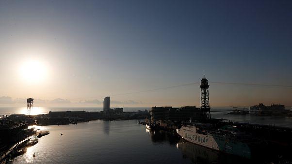 """Barcellona trema: il turismo soffre """"l'effetto referendum"""""""