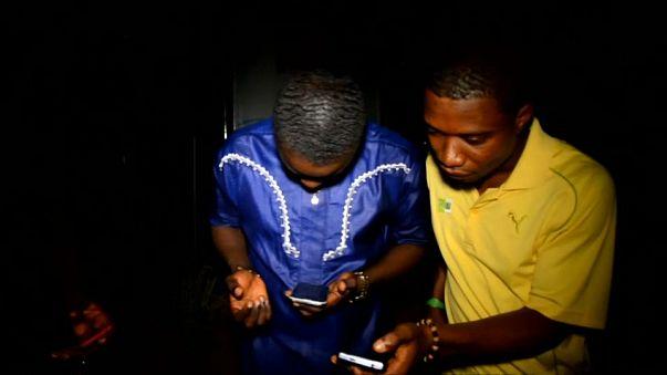 Restrições de acesso à Internet crescem em África