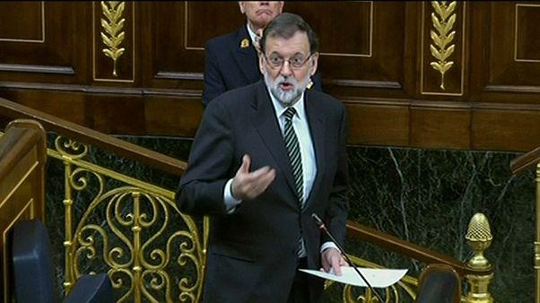 İspanya Başbakanı meclisten sordu: Katalonya'nın bağımsızlığını ilan ettiniz mi etmediniz mi?