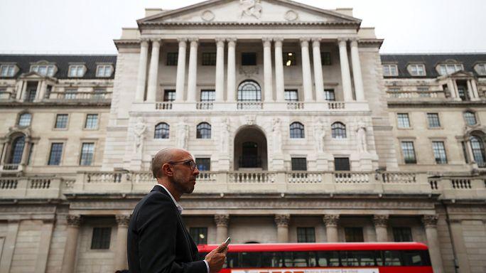 Reino Unido entre o baixo desemprego e a inflação em alta