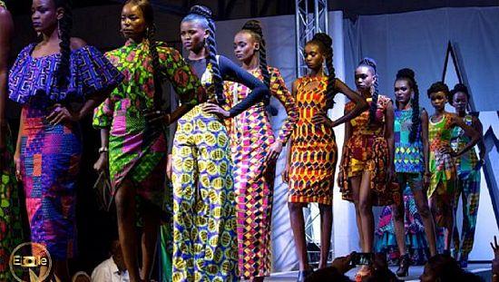 金沙萨庆祝刚果时装周[发表评论]