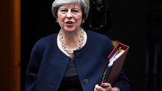 «Όχι σε οποιαδήποτε συμφωνία για το Brexit» λέει η Μέι