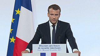 Macron'dan çok kollu terörle mücadele planı