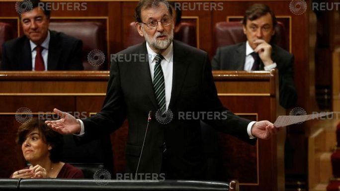 """رئيس الوزراء الإسباني يطالب زعيم كتالونيا """"باتخاذ قرار رشيد"""""""