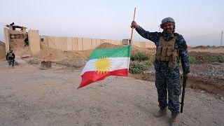 Mais de 100 mil curdos fugiram de Kirkuk