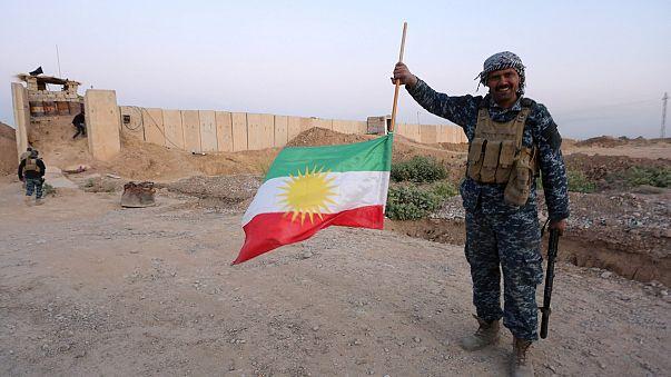 'Not safe': Kurds flee Kirkuk after Iraqi forces take over