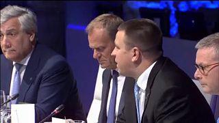 """""""Breves de Bruxelas"""": cimeira da UE e pacote contra terrorismo"""