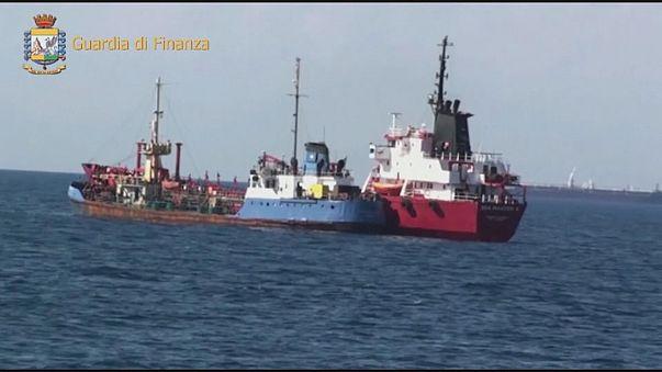 Desmantelada rede de contrabando de petróleo líbio