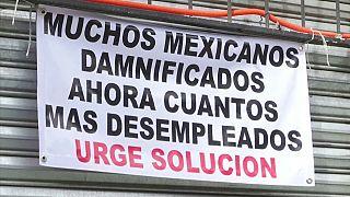 México, la vida sigue entre los escombros