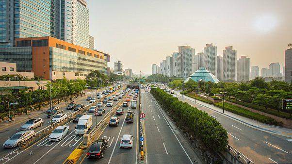 سئول چگونه بر ترافیک طاقت فرسا غلبه می کند؟