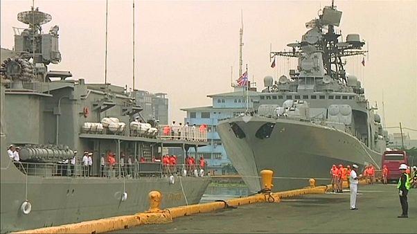 Российские корабли прибыли на Филиппины
