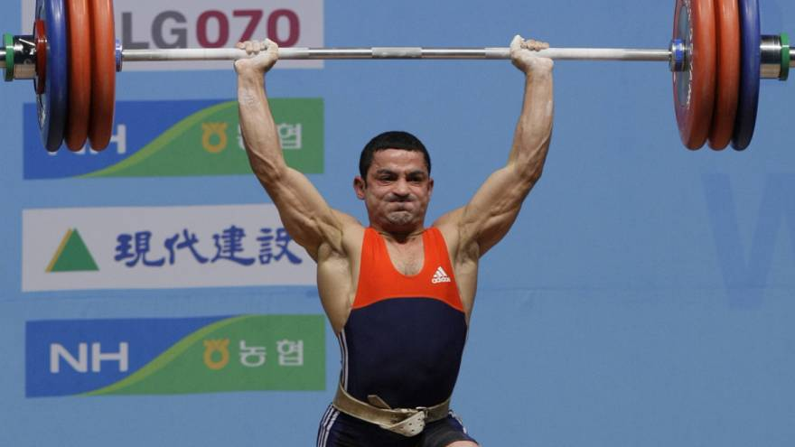 Azerbaycanlı ünlü halterci: Doğruları söylediğimiz için iş bulamıyoruz