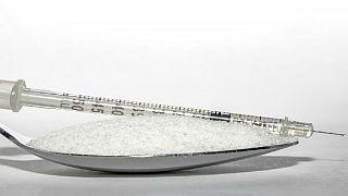 الإفراط في تناول السكر يسبب السرطان