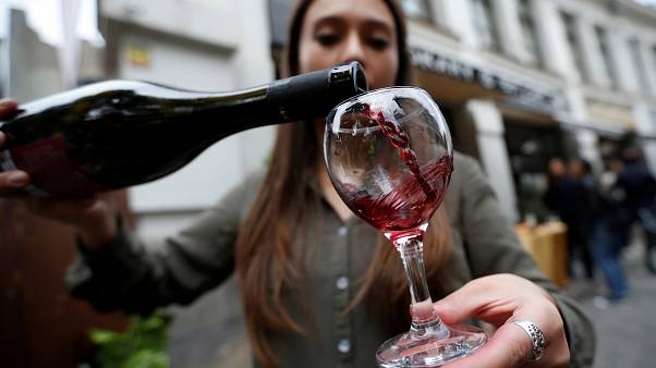"""النبيذ والعرق: تاريخ """"نضج"""" في لبنان"""