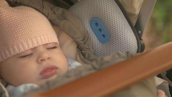 طفل معافى ينام 11 يوما متتاليا