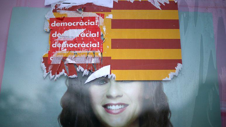 Jak vytvořit souhlas? Španělská vláda poslala evropským vládám k podpisu předtištěné prohlášení odsuzující vyhlášení katalánské nezávislosti