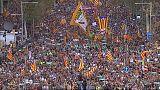 Barselona: Katalanlar özgürlük için yürüdü