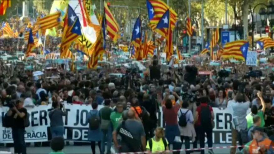Protestos em Barcelona depois do discurso de Rajoy