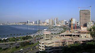 Agência Moody's desce rating da dívida pública angolana