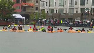 US paddlers brave the rain for pumpkin paddle race