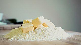 Warum gibt es kaum noch Butter in Frankreichs Supermärkten? In 5 Punkten erklärt