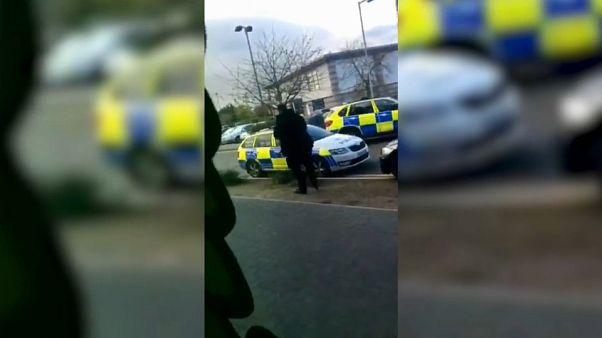 Великобритания: заложники в боулинг-клубе освобождены