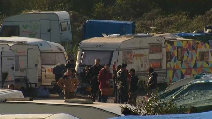 """No solution to Calais' migrant problem one year after """"jungle"""" demolition"""