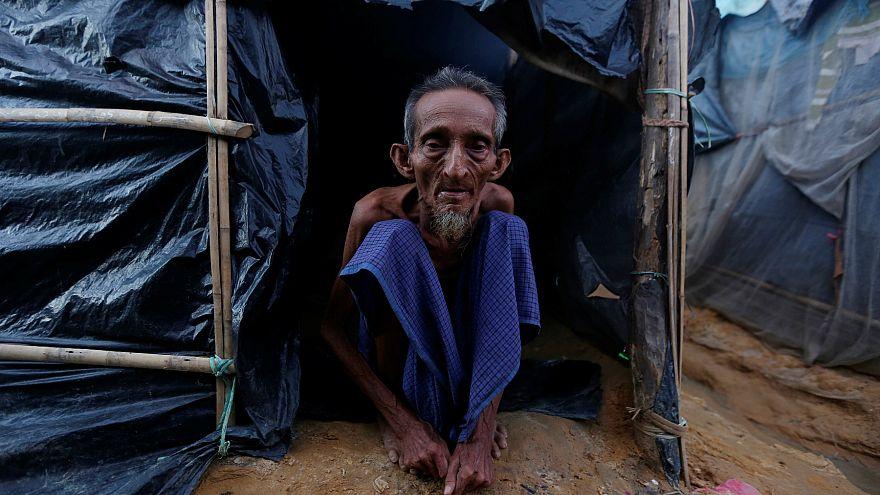 Türkiye Bangladeş'e sığınmacılar için daha fazla yardım edecek