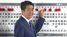 Abe: Güçlü ve kararlı bir diplomasi yürüteceğiz