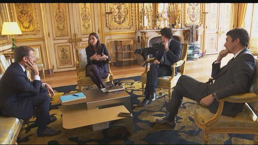 """""""نيمو"""".. كلب الرئيس الفرنسي الذي """"قاطع"""" اجتماعا في الإليزيه ليتبول"""